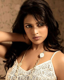 Amala Paul Hot Sexy Pics %281%29.jpg