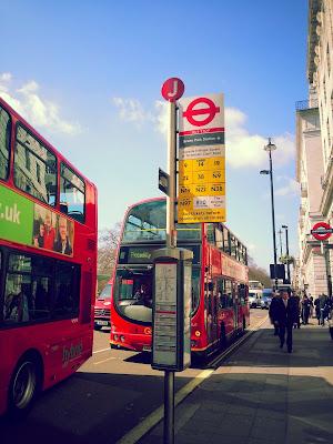 Londra-toplu-tasima-otobus-duragi