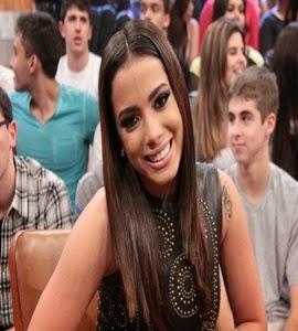 Sem neura! Anitta revela que já se relacionou com um fã