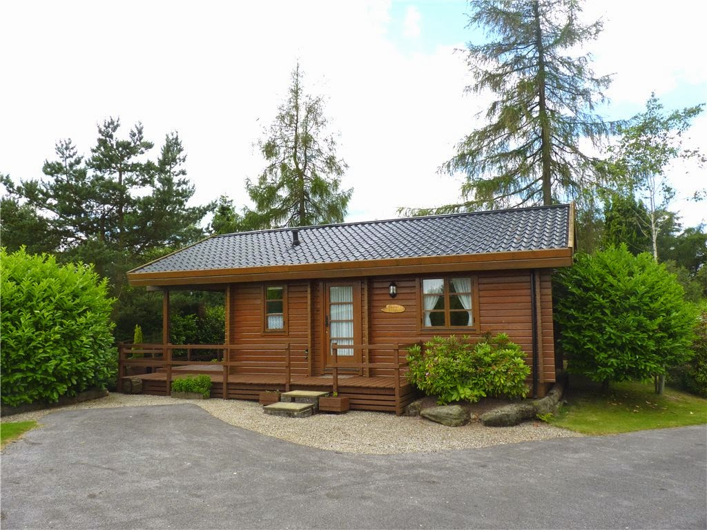 Rowan Lodge, Warren Forest Park, Warsill, Harrogate HG3