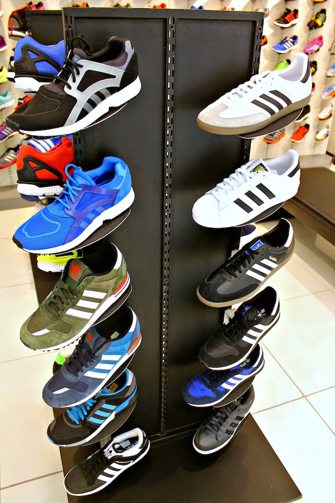 adidas shoes mall