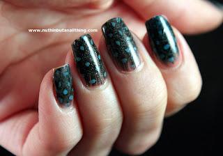 Feather Manicure Tutorial