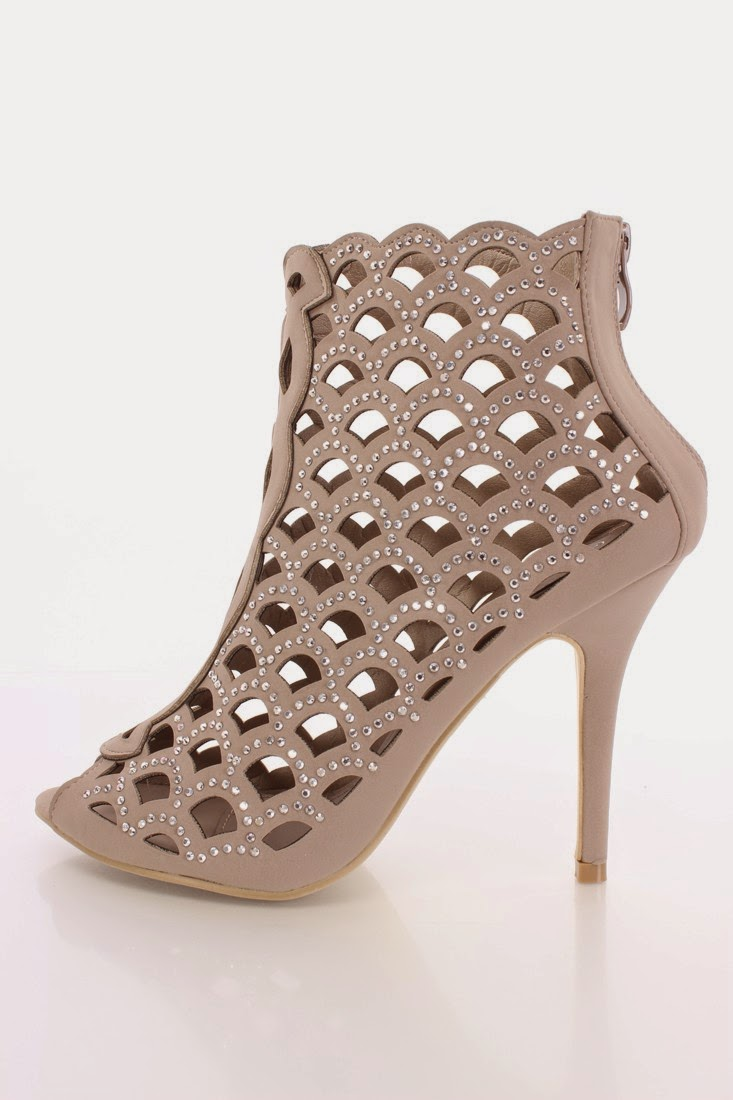 stiletto-high-heel-shoes