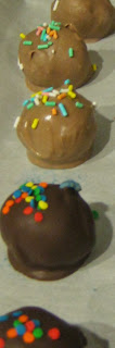Dark Brown and Light Brown Cake Balls