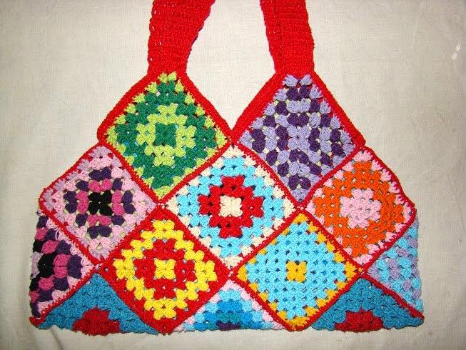 Tejidos artesanales en crochet bolso multicolor con - Como hacer bolsos tejidos ...