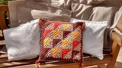 Almofada Patchwork em Crochê