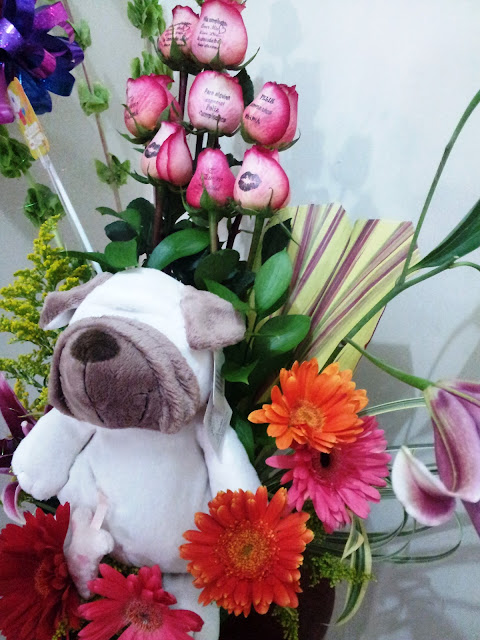 Rosas impresas con hermosos mensajes que enamoran