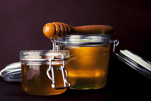 خلطات لتطويل الشعر - خلطة العسل
