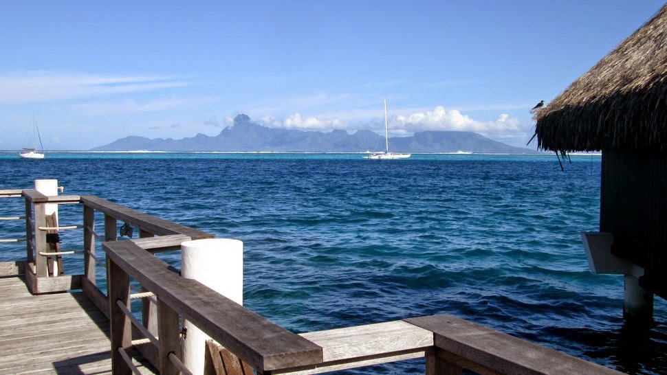 Moorea vue de Tahiti Faa'a