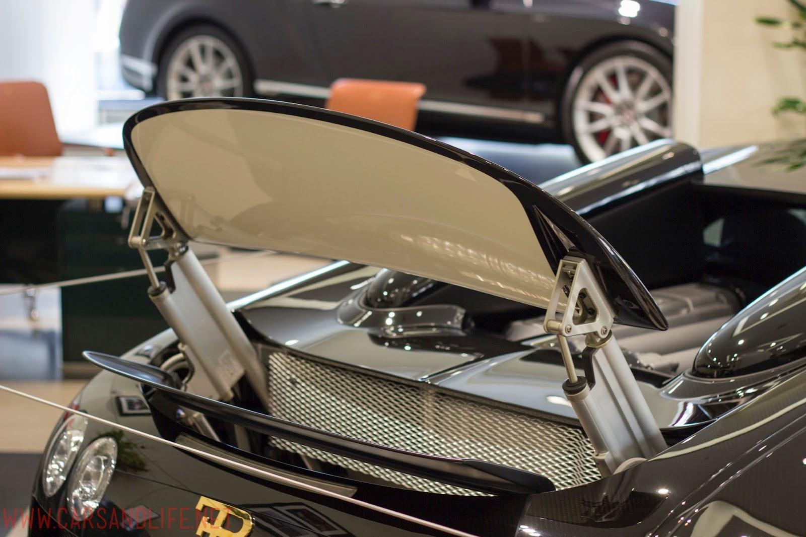 bugatti veyron grand sport vitesse with air brake. Black Bedroom Furniture Sets. Home Design Ideas