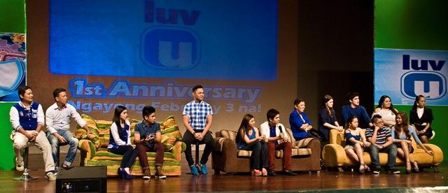 'LUV U' JS Prom Episode Marks 1st Anniversary Celebration (February 3)