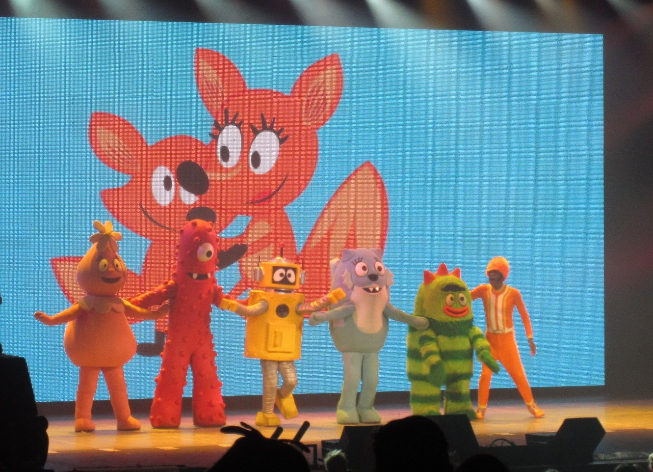 Evan And Laurens Cool Blog 12613 Yo Gabba Gabba Live Get The