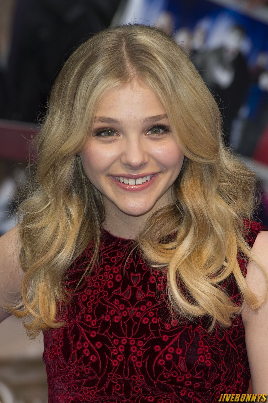 Chloe grace moretz sexy photos and picture gallery 5