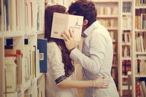 10 YA Books That Will Make You Fall In Love Over Again, book lovers, couples kissing with book, love book kissing,couple kissing with book