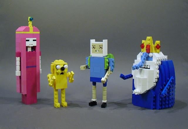 http://hora-de-aventura-novedades.blogspot.com.br/2012/10/hora-de-aventura-en-lego.html