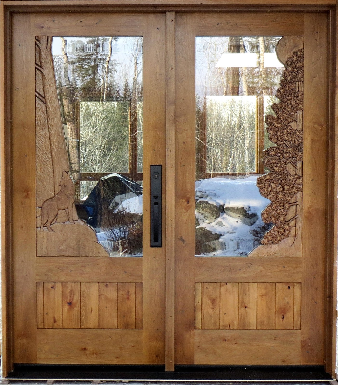 , carved, entry, door, john, huisman, huismanconcepts.com, ely, minnesota, wolf, pines, wildlife, carving, wood