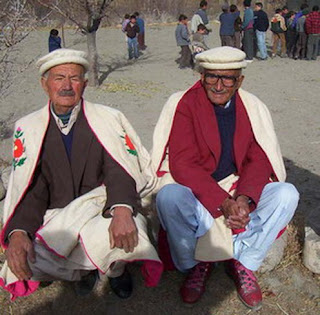 Hunza people do not need vitamin B17