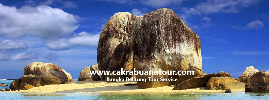 tempat wisata pantai Pulau Batu Berlayar - Belitung