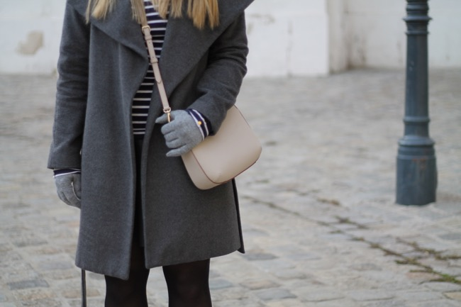 How to Style / Donna Karan Cross Body Bag / Mantel Grau Orsay / River Island Schuhe / Schmuckwerkstatt Einspieler Klagenfurt / Winter Look / Casual Chic /