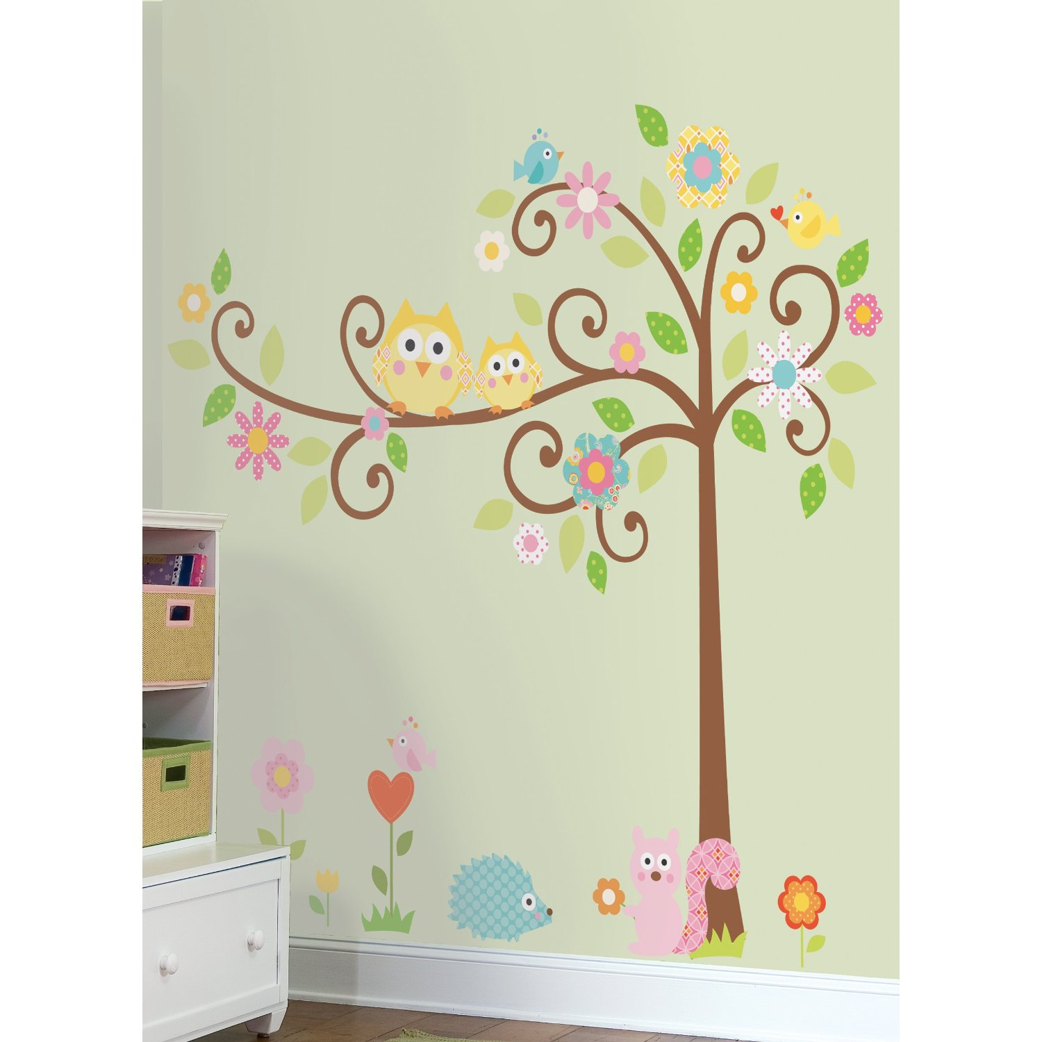 Nursery room ideas nursery wall decals for Baby mural ideas