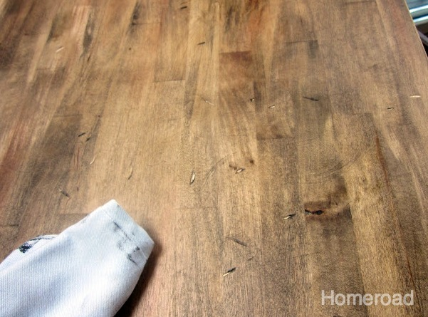 adding rustic touches to bare wood www.homeroad.net
