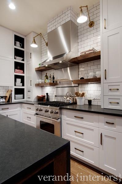 Design dump must have elements for timeless custom kitchens for Kitchen design must haves
