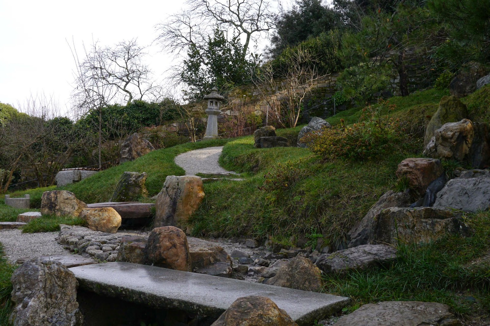 Girovagando due giardini giapponesi in toscana for Giardini giapponesi
