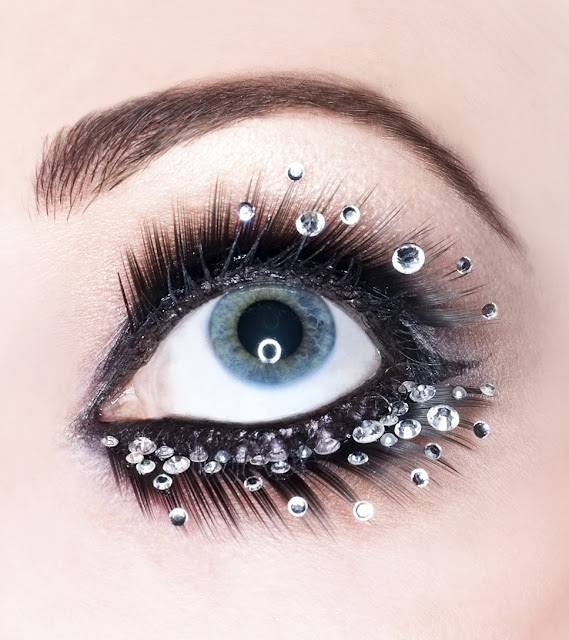 Gorgeous Glittery Stoned Eye Makeup