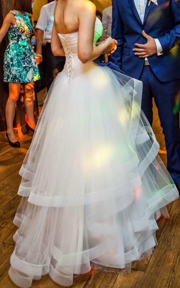 Suknie ślubne Vestido Suknia ślubna Z Falbanami Usztywnionymi