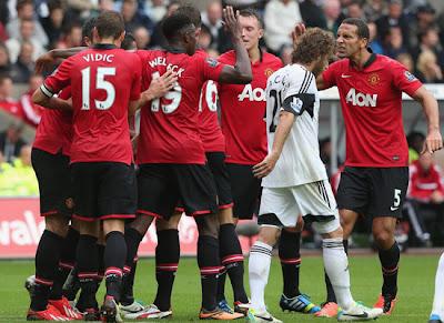 Vidic Welbeck Jones Ferdinand Manchester United v Swansea 2013