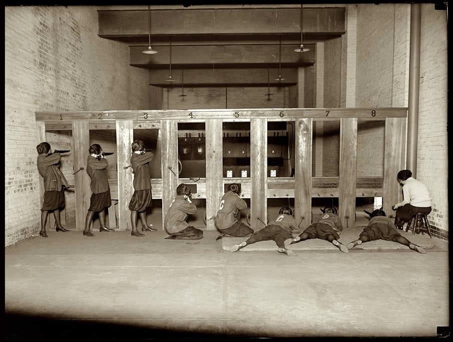 Equipo femenino de rifle 1922