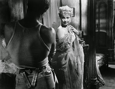 streetcar named desire old south A streetcar named desire study guide contains a biography of tennessee williams, literature essays, quiz questions, major themes, characters, and a full summary and analysis.