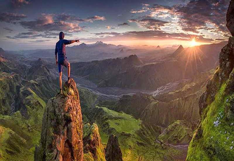 Panorama-Alam-Pegunungan-9