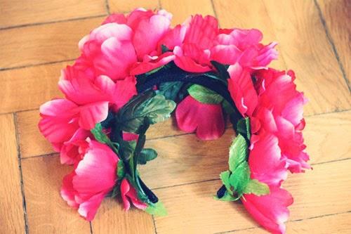 Diadema con flores en Recicla Inventa
