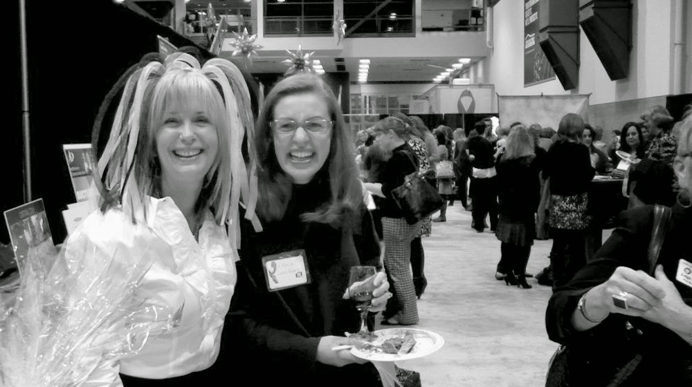 april and elana at nw womens show event