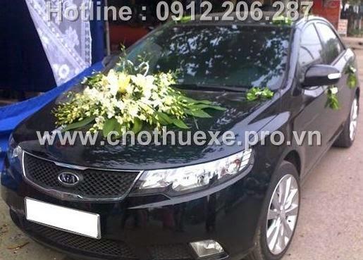 Cho thuê xe cưới KIA Forte công ty Đức Vinh TRans