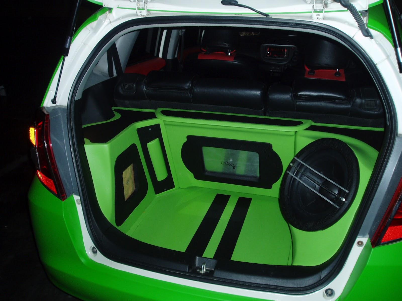 gempar variasi mobil murah surabaya variasi mobil surabaya pemasangan full set audio. Black Bedroom Furniture Sets. Home Design Ideas