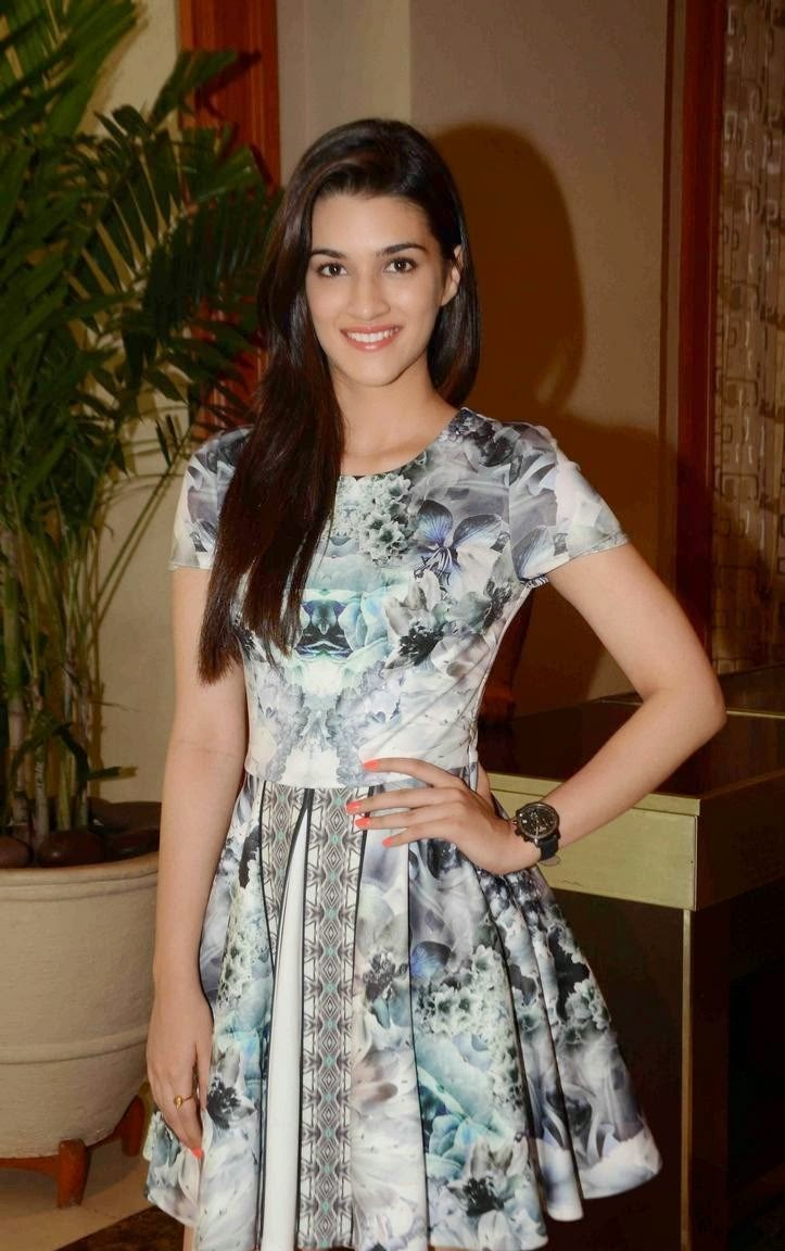 Kriti Sanon and Celebs attend IIFA Voting Weekend Awards