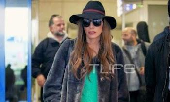[Photos] Δέσποινα Βανδή: Με μια βαλίτσα στο χέρι και τέλειο look στο αεροδρόμιο!