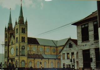 Imag Religion-Suriname.jpg