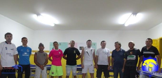 Diretoria do São José F.C.realiza mais uma reunião e define o novo uniforme oficial do clube