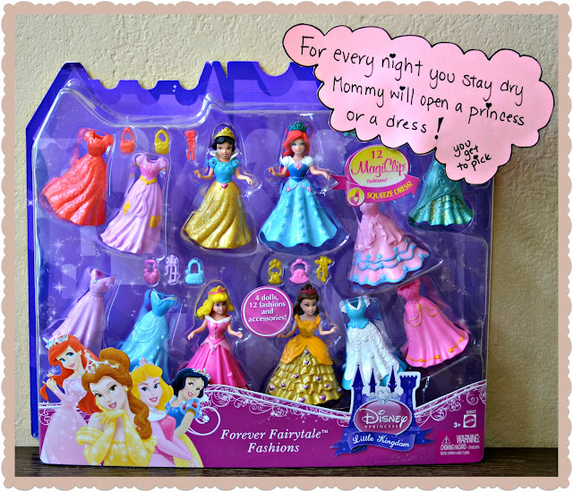 Disney Princess Magiclip review, How to give up night diapers, potty training motivation, Disney Princess easy to put on clothes, Disney Princess rewards,