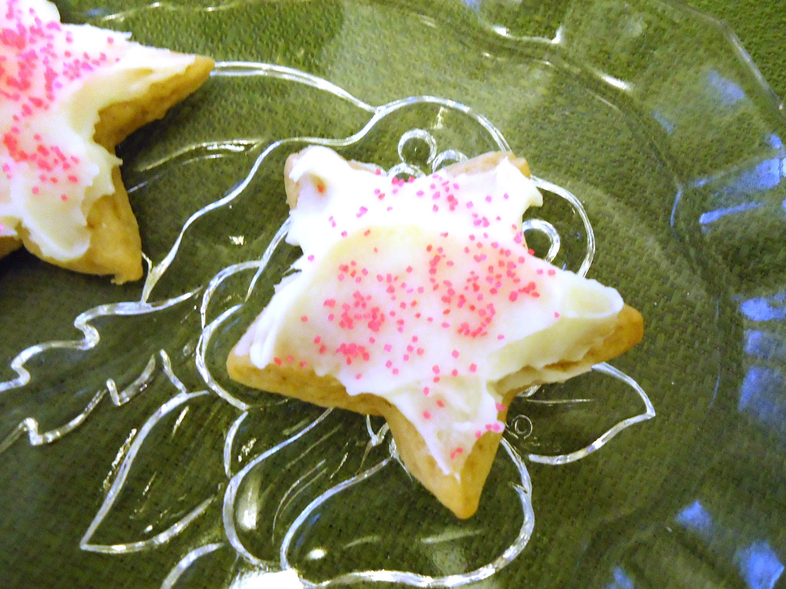 ... Own Stuff: Small Batch Recipe: Sugar Cookies with Buttercream Frosting