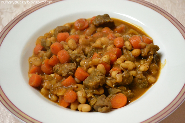 Hungry Ducky: White Bean and Carrot Stew