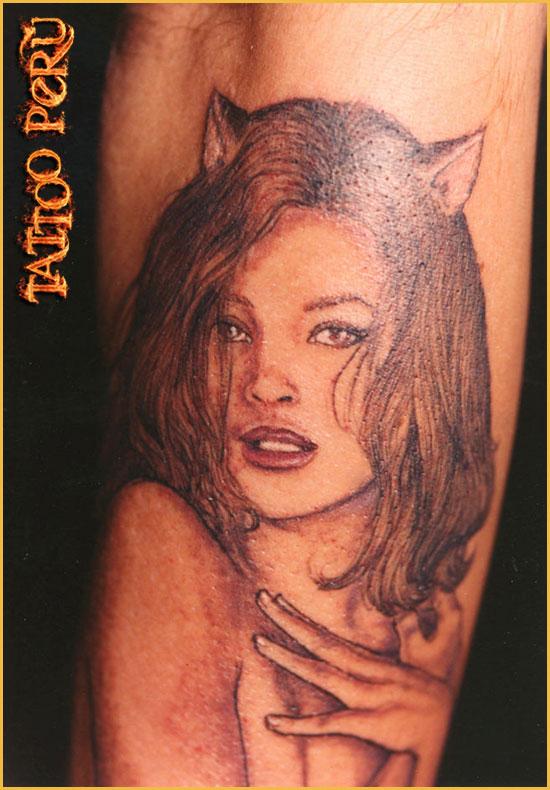 ¿En que parte del Cuerpo se puede Tatuar?. 01_tatuaje_de_una_chica