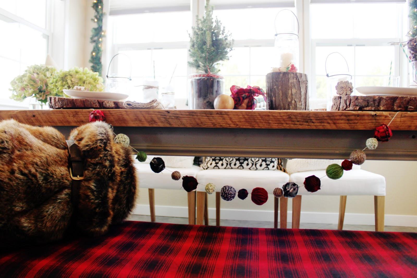 http://2.bp.blogspot.com/-HcU1CfsK4KQ/TtXPsps_yOI/AAAAAAAACts/MlsMRN4sdro/s1600/Christmas+table+2011+018.jpg