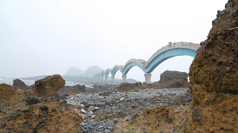 El Puente Dragón de Sanxiantai, la pasarela de los Tres Inmortales