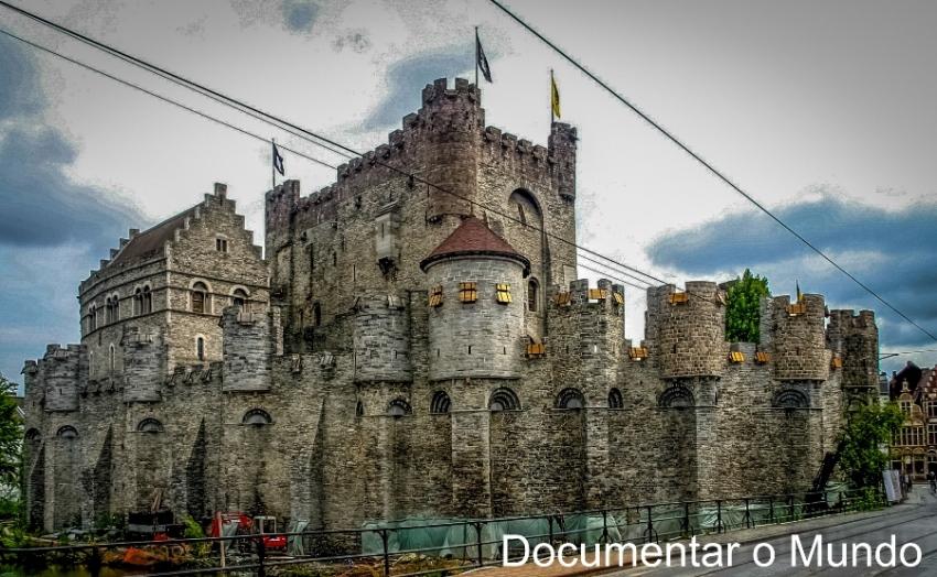 Castelo de Gent; Gravensteen; Sint-Pietersplein; Gent; Bélgica; Flandres