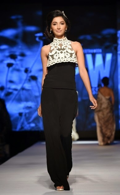hira tareen for nida azwer TFPW15