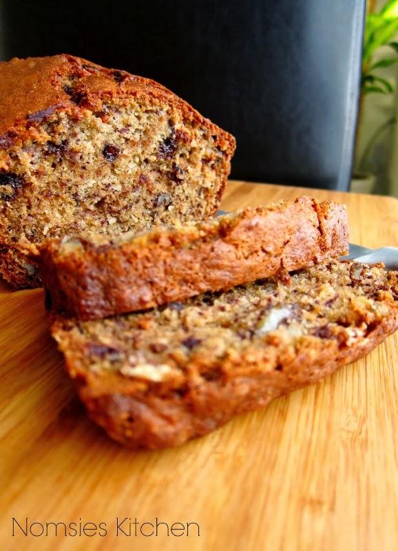 Nomsies Kitchen: Moist Banana Walnut Chocolate Bread